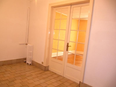 TEXT_PHOTO 5 - VENTE MONTLUCON APPARTEMENT F3 BIS