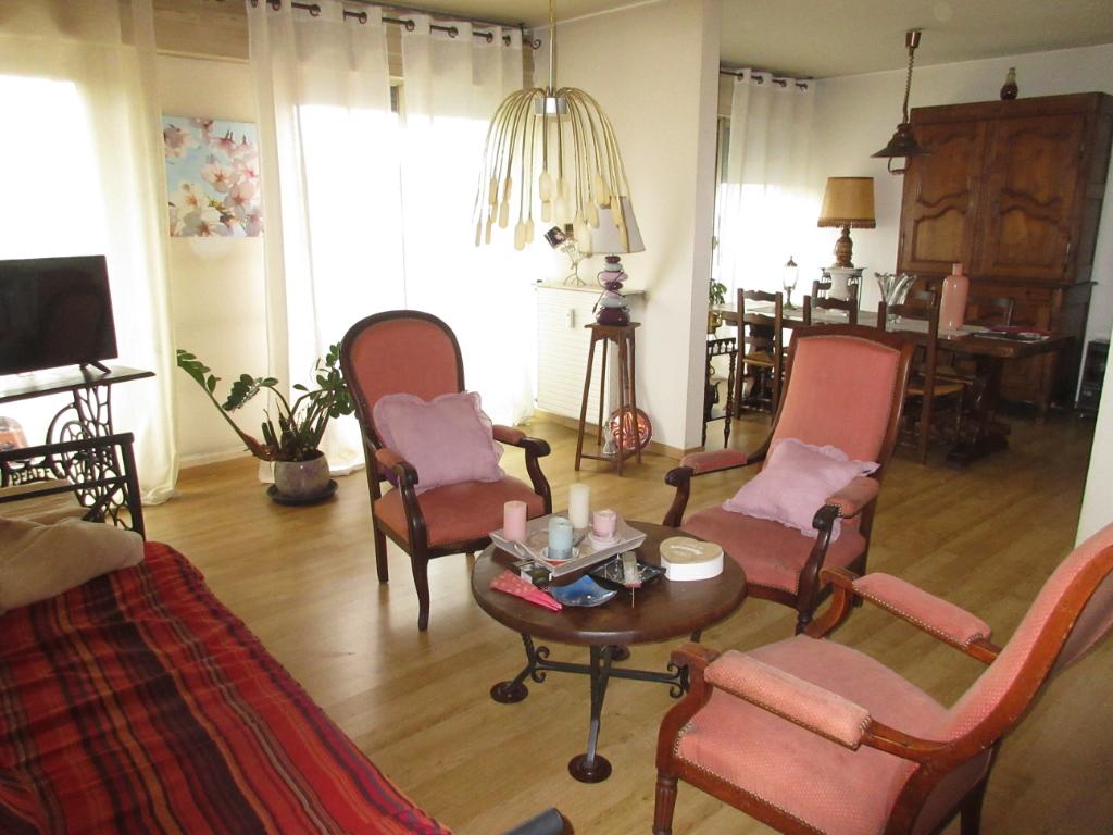 agence immobili re montlu on vente location et estimation immobili re. Black Bedroom Furniture Sets. Home Design Ideas